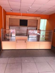 Витрина в хлебный магазин в сборе_0